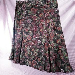 A3* Christopher&Banks Floral STRETCH Skirt, Size 8